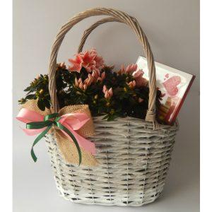 Корпа со цвеќе и merci